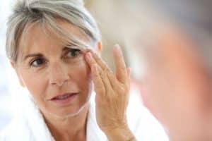 Hautpflege im Alter – Welche Hautcreme verwenden? - Beitragsbild